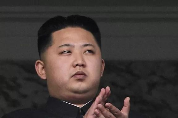 Muere el líder norcoreano Kim Jong-Il y lo sucederá su hijo Jong-Un