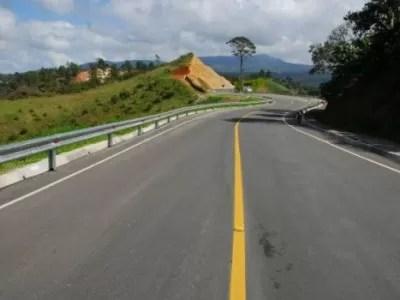 Leonel Fernández inaugurará carretera Jarabacoa-Constanza mañana