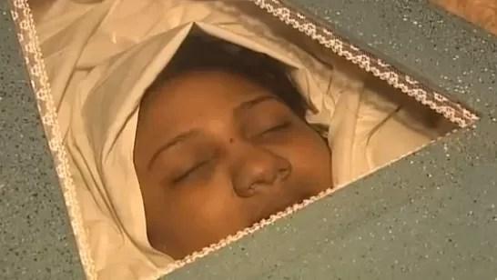 Hombre mató su esposa en presencia de sus dos niños en Villa Mella