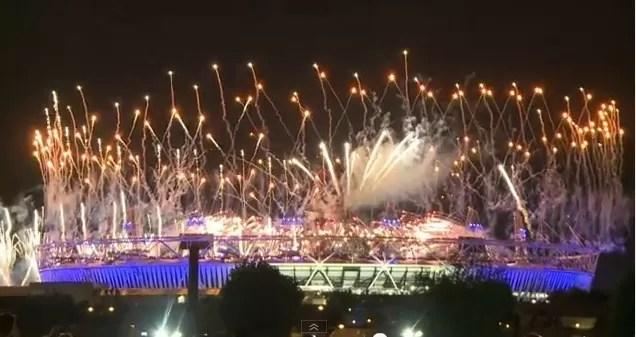 Fiesta de fuegos en Londres (video)