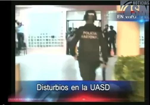 Video de  los incidentes violentos en la UASD por la expulsión de estudiantes