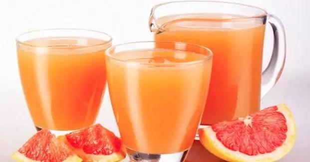 El jugo de pomelo multiplica el efecto de medicamentos contra el cáncer