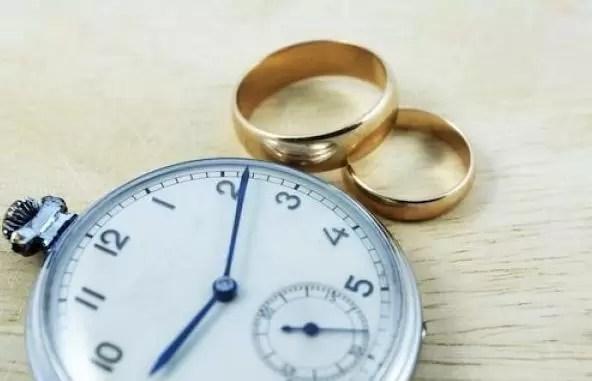 boda reloj anillos compromiso