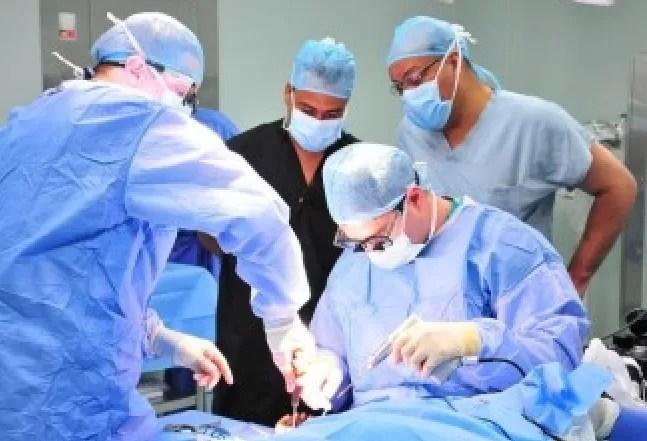 Médicos de EEUU realizarán operaciones gratuitas en hospital Vinicio Calventi