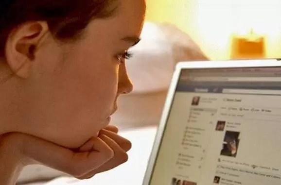 Videos automáticos en Facebook: desactívalos para evitar que consuman tu plan de datos