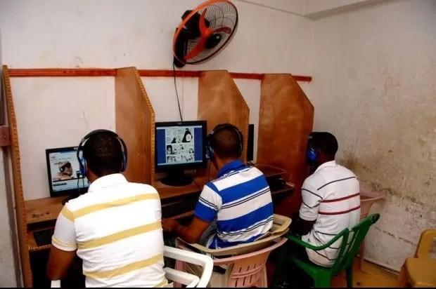 dominicanos centro-de-Internet