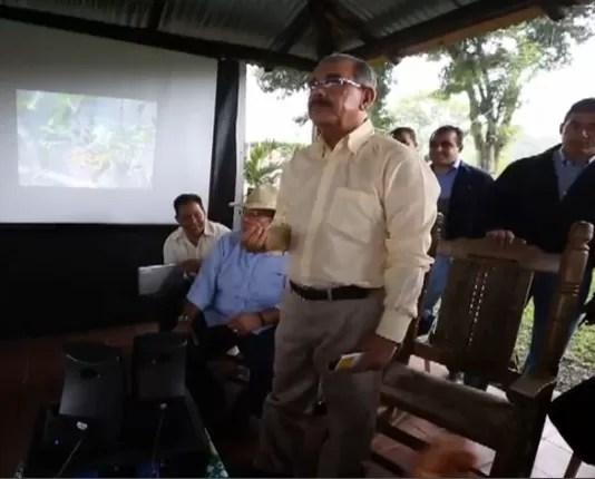 Danilo Medina aprueba 43 millones de pesos en créditos a productores de Monte Plata