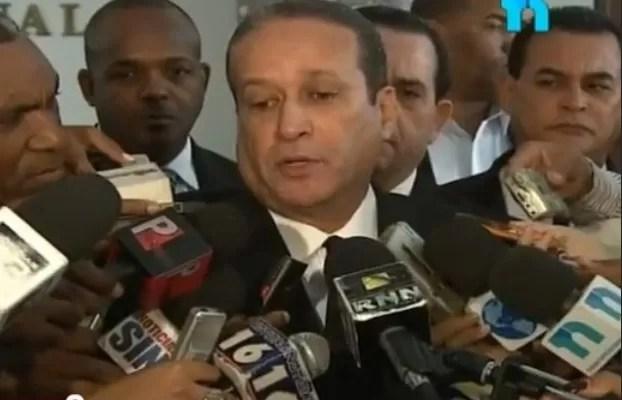 Ay Chichí! Pared Pérez dice no es posible Danilo Medina pueda reelegirse vía referéndum