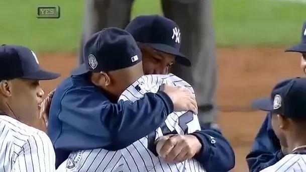 Mariano Rivera fue aclamado de nuevo en su última actuación en el Yankee Stadium (video)