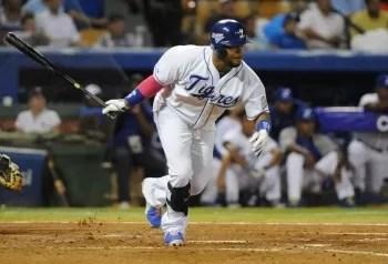 Tigres siguen firmes en la cima de la pelota dominicana