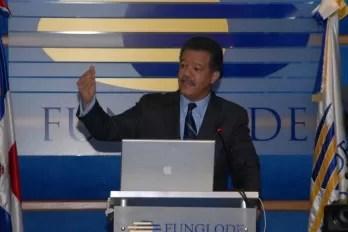 Leonel Fernández se reúne con los diputados; buscan soluciones a la sentencia del TC