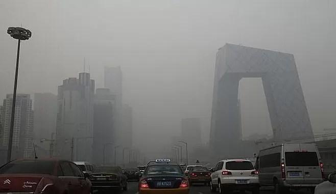 Pekín declara por primera vez la alerta roja por contaminación