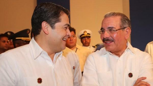 Juan Orlando y Danilo Medina