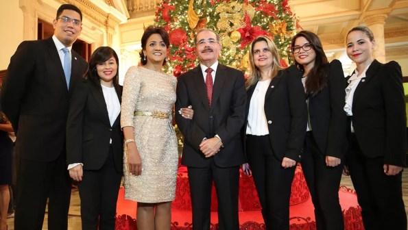 Danilo Medina y su familia