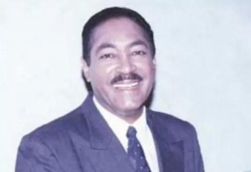 J Eduardo Martinez