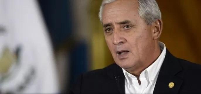 Renuncia el presidente de Guatemala, acusado de corrupción