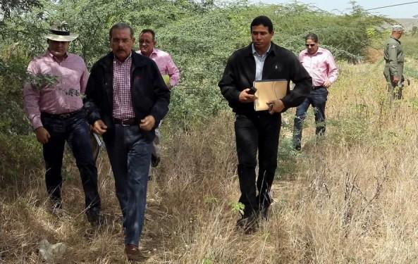 Danilo Medina en un monte