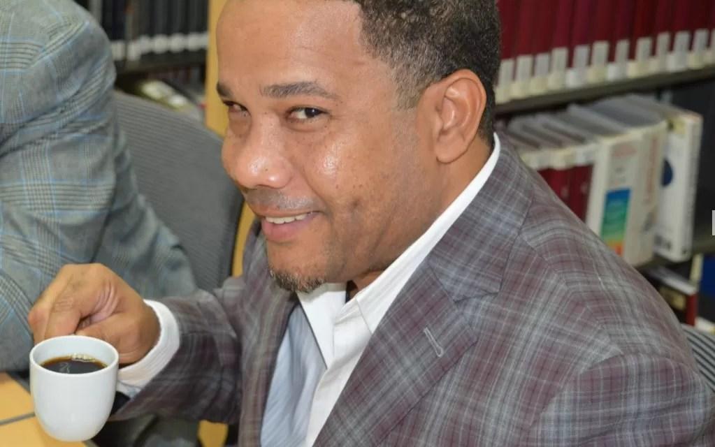 Héctor Acosta quiere la  unificación de los merengueros