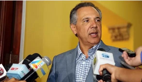 """Ministro niega hayan desmovilizado grupos con """"carguitos"""" en el Gobierno"""