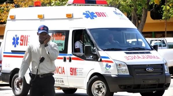 El sistema 911 asiste a mujer que bebió cloro por accidente