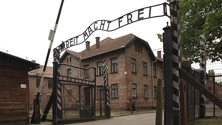 Anciana de 91 años acusada de más de 260.000 muertes en Auschwitz