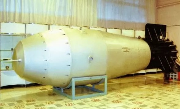 Rusia expone por primera vez la bomba nuclear más potente del mundo