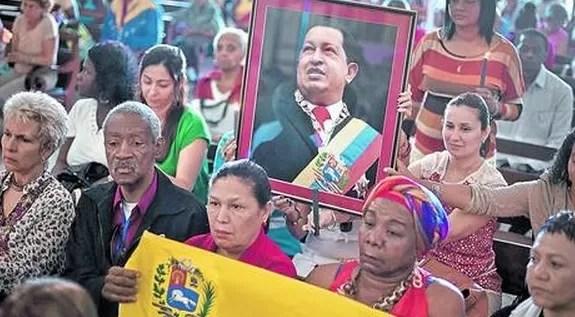 Culto a Chávez crece con su natalicio y muerte en efemérides escolares
