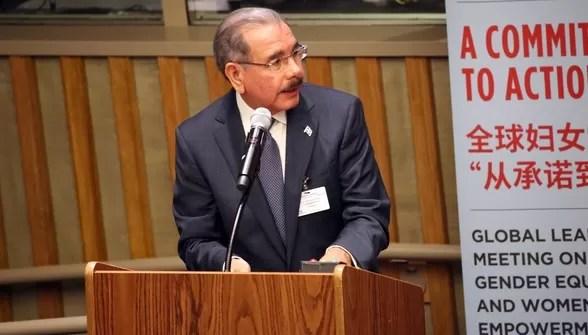 """Danilo Medina: """"Estamos comprometidos con el bienestar de todas las dominicanas"""""""