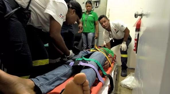 El sistema 911 brinda asistencia a hombre que cayó desde un séptimo piso