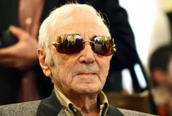 A sus 91 años Charles Aznavour vuelve a los escenarios «para no aburrirse»
