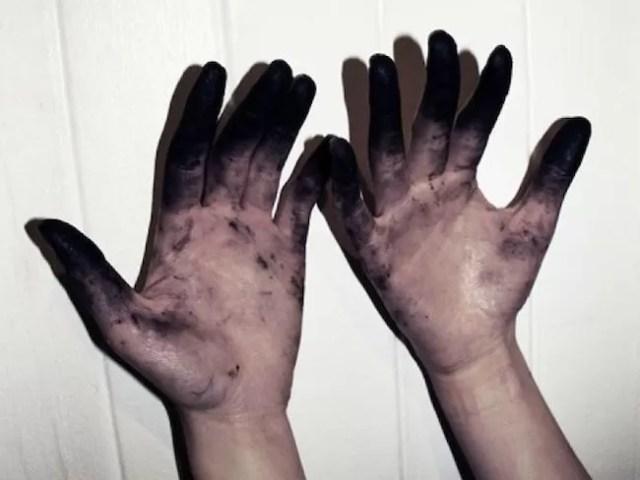hands_PLYIMA20150918_0014_5