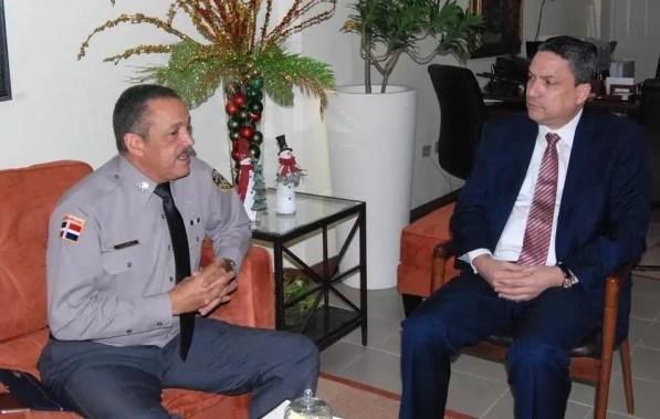 Jefe PN y director Plan Social