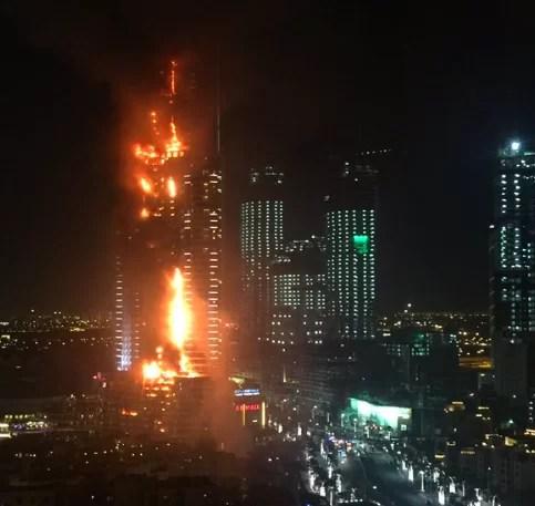 Video – Se incendia rascacielo de Dubái