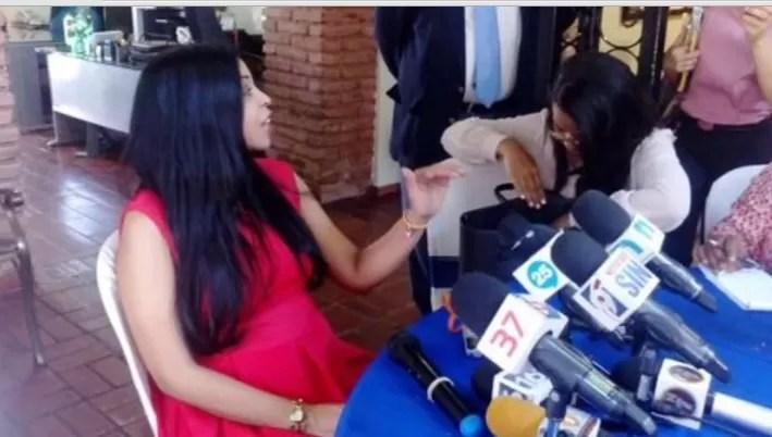 Yeni Berenice no quiere entrar en detalles sobre su embarazo