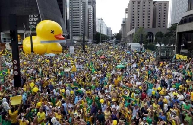 brasil protesta