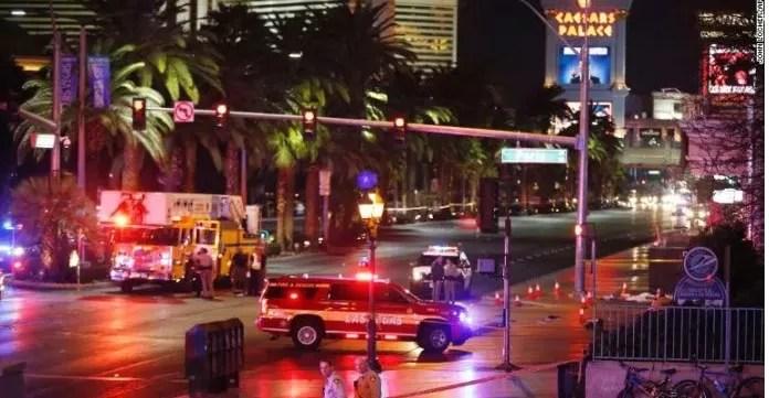 EEUU: auto embiste a multitud en Las Vegas y deja un muerto y 26 heridos