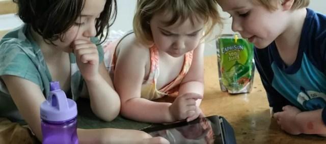 ninos tecnologia tableta