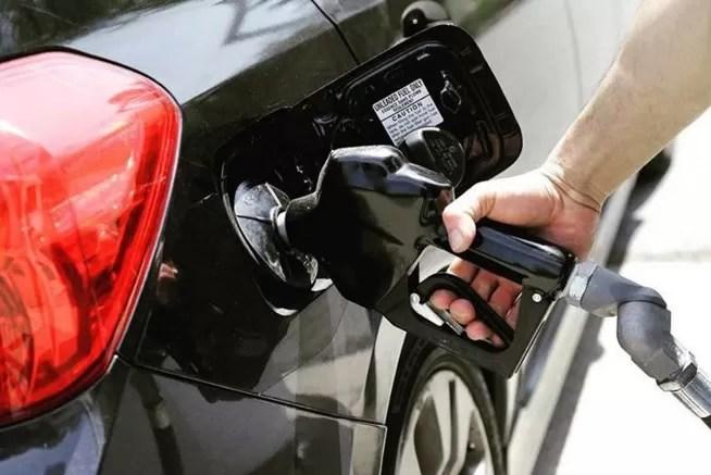 En el último año, hasta un 30 % subieron los precios de los combustibles