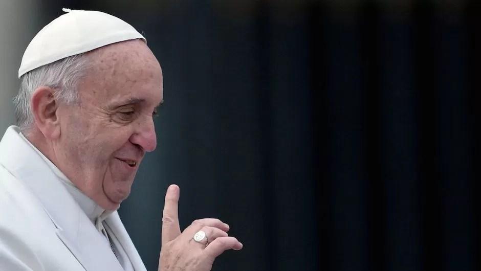 """""""No sean chismosos"""", les pide el papa Francisco a las monjas y curas"""