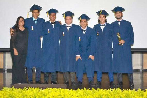Graduados colegio