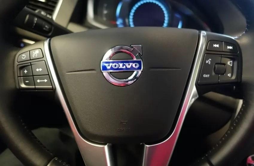 Volvo solo fabricará vehículos eléctricos en 2030 y los venderá por internet