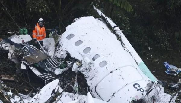 Así quedó el avión en el que iba el club brasileño. (AP)