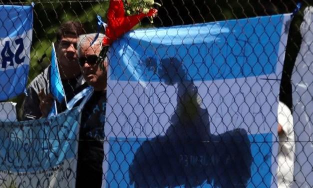 """Último mensaje del submarino argentino: Ingreso de agua """"ocasionó cortocircuito y principio de incendio"""""""