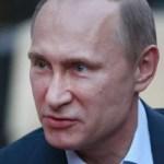 """Putin considera """"ridículo"""" decir que Moscú libra una guerra informática contra EEUU"""