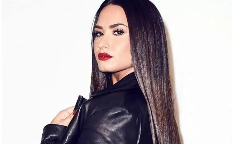 Demi Lovato se declara de género no binario
