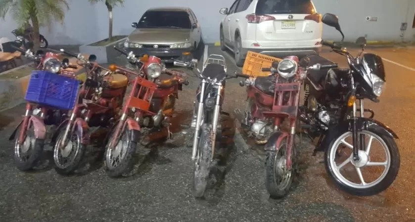 Envían a prisión a dos hombres que robaban motocicletas y apuñalaban a sus víctimas