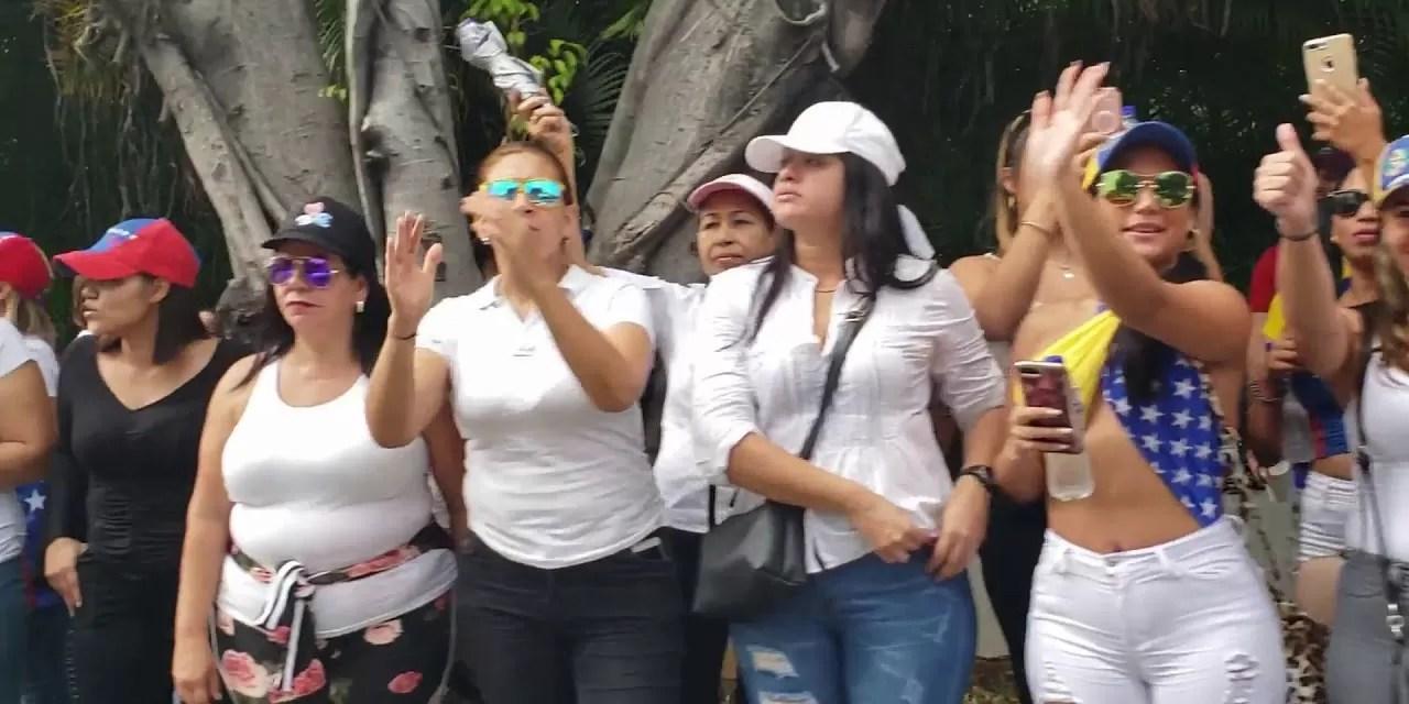 Venezolanos lanzan campaña para agradecer a República Dominicana por acogida y hospitalidad