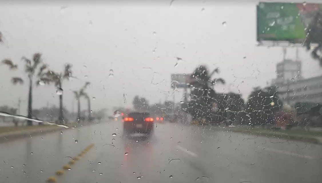 Algunas lluvias matutinas por efectos de vaguada y onda tropical