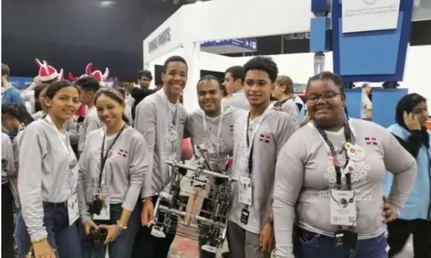 Estudiantes ganan bronce Competencia Mundial de Robótica 2019 en Dubái