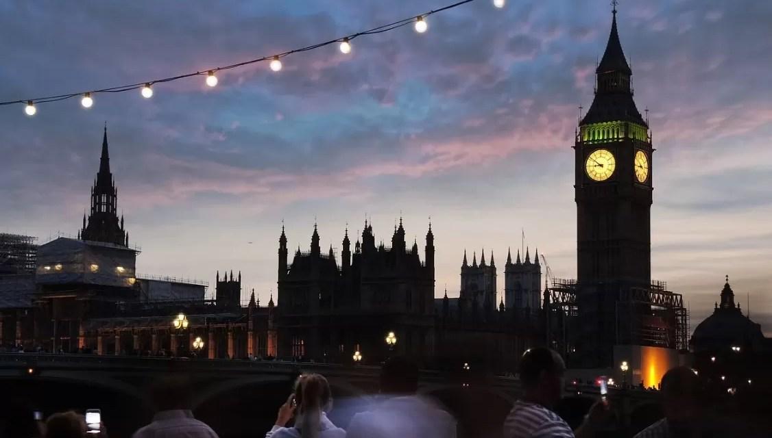 El Reino Unido no registra ningún muerto por covid en 24 horas por primera vez desde julio